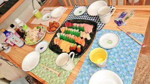 姉と寿司パーティー